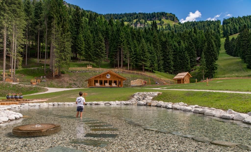 AllyFarm.Alleghe.Dolomiti.barefooting