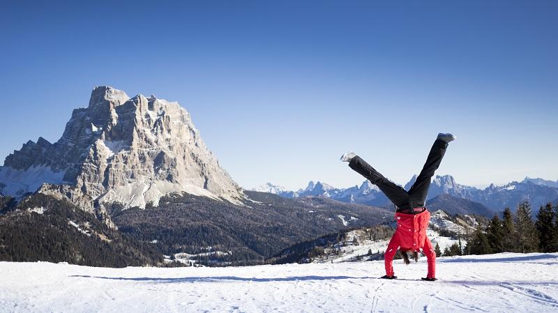 Vacanze sulla neve delle Dolomiti: ecco cosa mettere in valigia